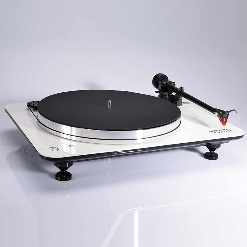 acoustic signature turntables wow (4)