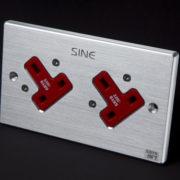 sineworld wall ac outlet SW-2LP UK (Platinum) 3