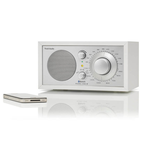 tivoli audio model one bt white silver (1)